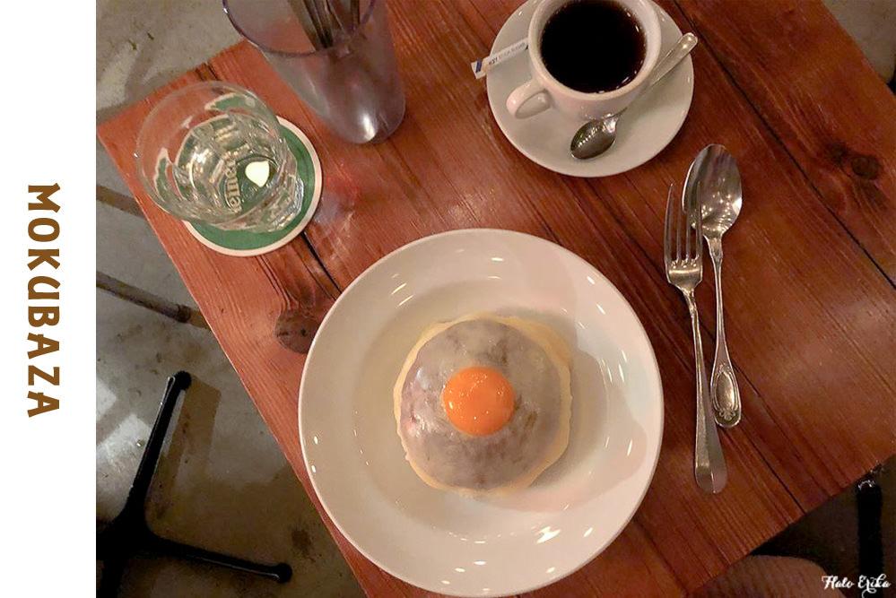 東京原宿美食推薦|MOKUBAZA微辣起士咖哩飯 藏身在小酒館裡的人氣商品