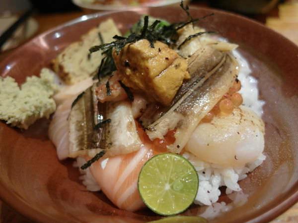食記 彷彿來到日本築地 超新鮮海鮮日式丼飯 瞞著爹三店